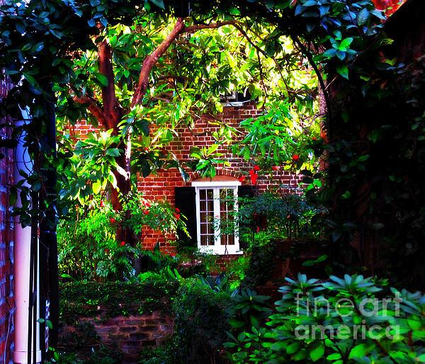 Charleston's Charm And Hidden Gems Print by Susanne Van Hulst
