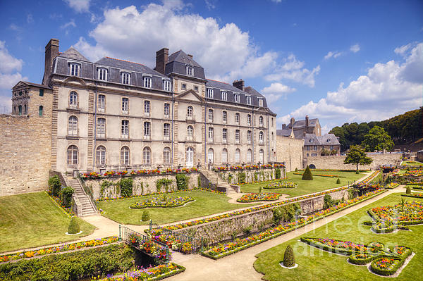 Chateau De L Hermine Vannes Brittany Print by Colin and Linda McKie