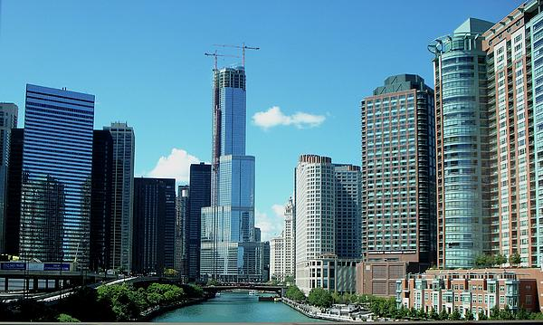 Chicago Trump Tower Under Construction Print by Thomas Woolworth