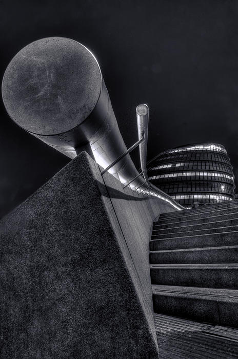 Curtis Radclyffe - City Hall London