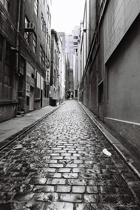 City Lane Melbourne Print by Linda Lees