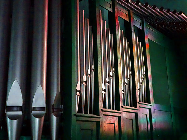 David T Wilkinson - Colorful Pipes