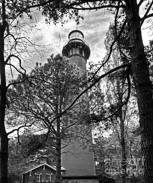 Dawn Gari - Corolla Lighthouse Monochrome