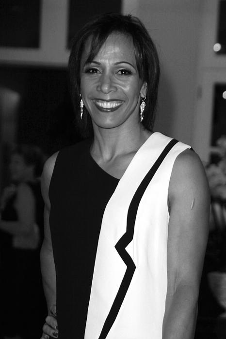 Dame Kelly Holmes 1 Print by Jez C Self