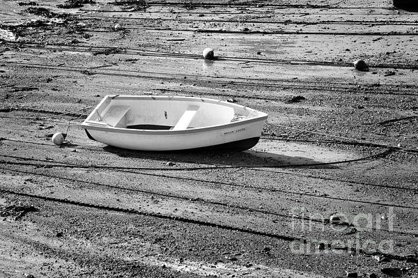 Louise Heusinkveld - Dinghy at Low Tide