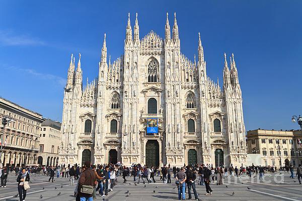 Duomo In Milano. Italy Print by Antonio Scarpi