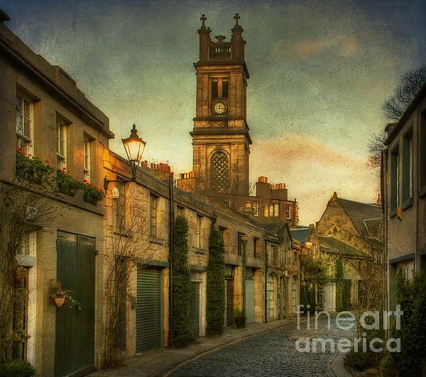 Lois Bryan - Early Morning Edinburgh