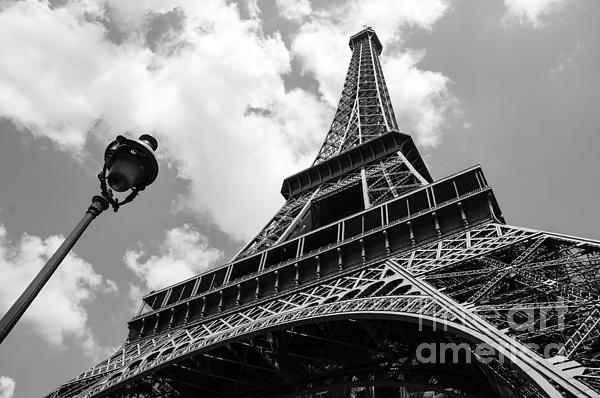 Eiffel Tower Images Black And White: Eiffel Tower And Parisian Streetlight. Black And White