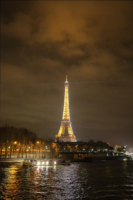 Eiffel Tower - Paris France - 011340 Print by DC Photographer