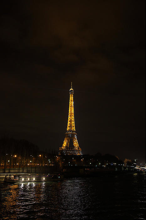 Eiffel Tower - Paris France - 011341 Print by DC Photographer