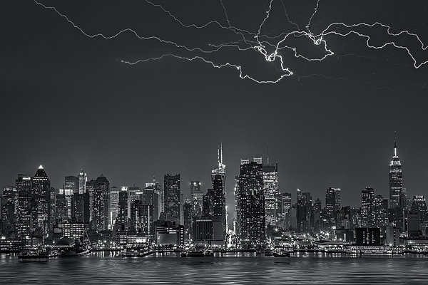 Electrifying New York City Bw Print by Susan Candelario