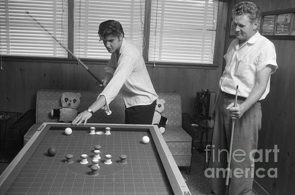 elvis playing pool