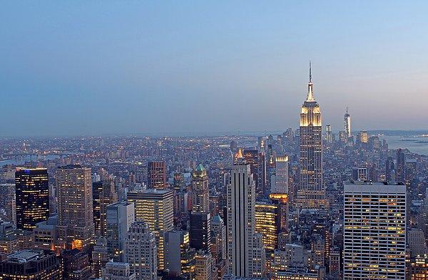 Empire State Building In Midtown Manhattan Print by Juergen Roth