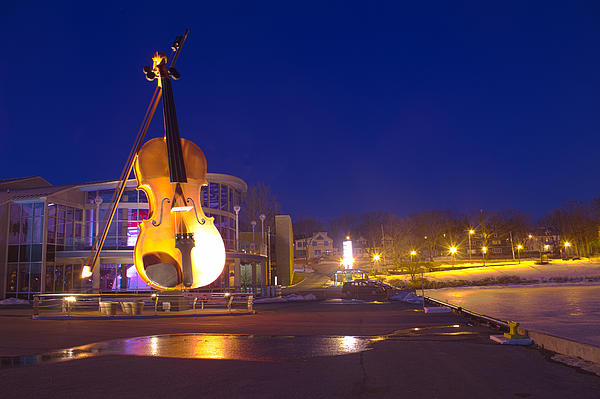 Evening Fiddle Print by Eric Lortie