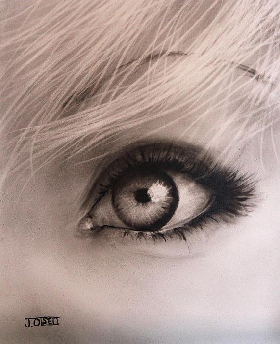 Julie Olsen - Eye
