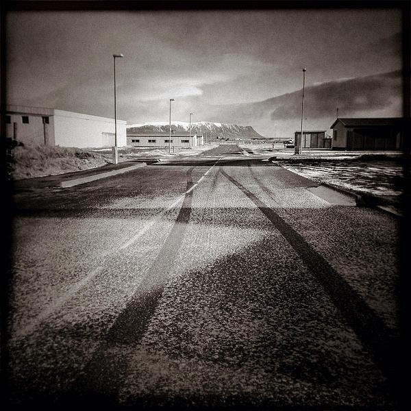 Eyrarbakki Tracks Print by David Bowman