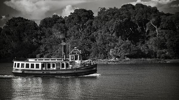 Mario Celzner - Ferry