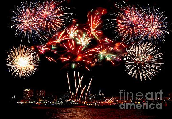 Fireworks Over The Delaware Print by Nick Zelinsky