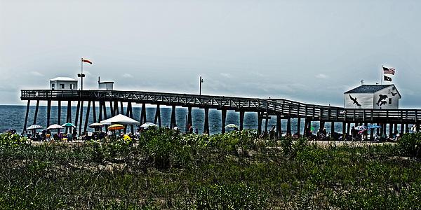 Tom Gari Gallery-Three-Photography - Fishing Pier