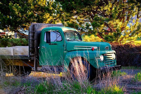 Steve G Bisig - Ford F6 Flatbed Farm Truck