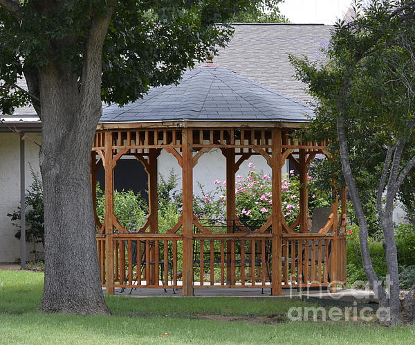 Ruth  Housley - Gazebo in Denton