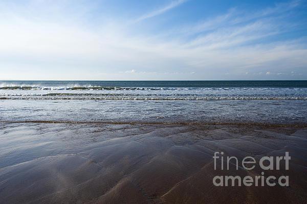 Gentle Waves Print by Anne Gilbert