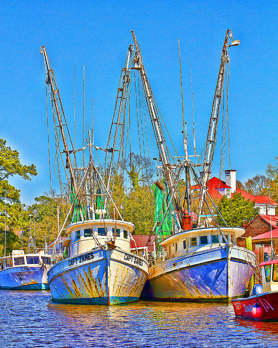 Georgetown Shrimpers Print by Bill Barber
