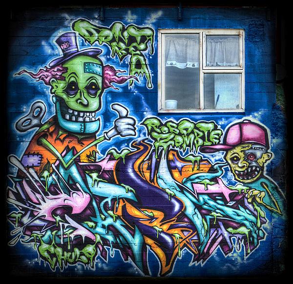 Graffiti City Print by Evelina Kremsdorf