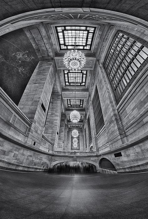 Grand Central Corridor Bw Print by Susan Candelario
