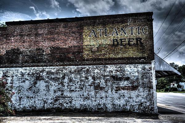 Greeleyville Atlantic Beer Print by Bill Cantey