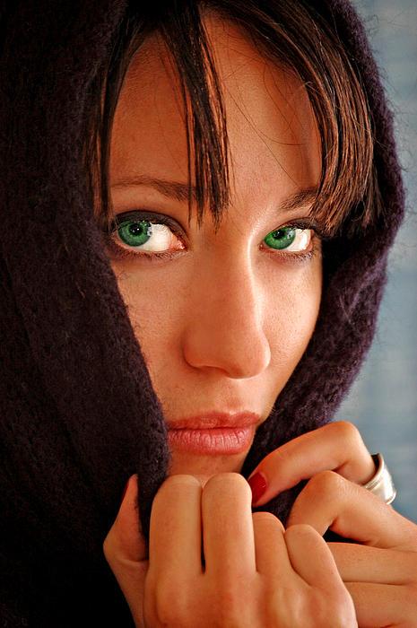 Green Eyed Beauty Print by Jon Van Gilder