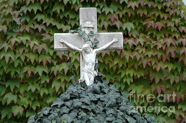 Grey Marmoreal Cross With Trailing Ivy Print by Angela Kail