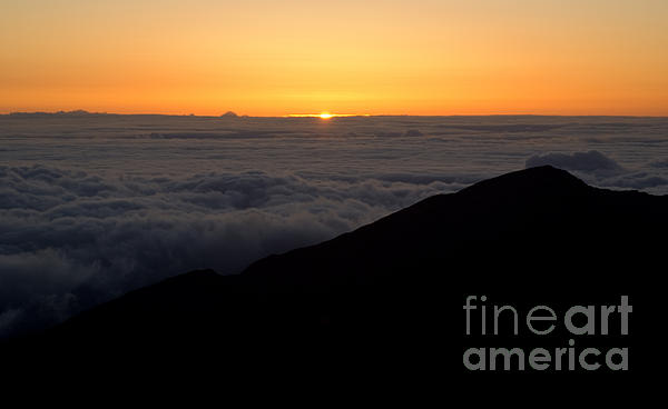 Haleakala Sunrise Print by Benjamin Reed