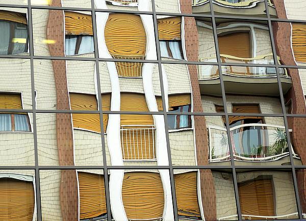 Guido Strambio - Hall of mirrors
