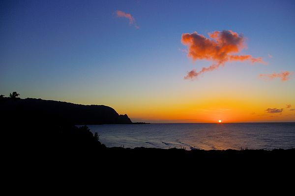 Hanalei Bay Sunset Print by John  Greaves