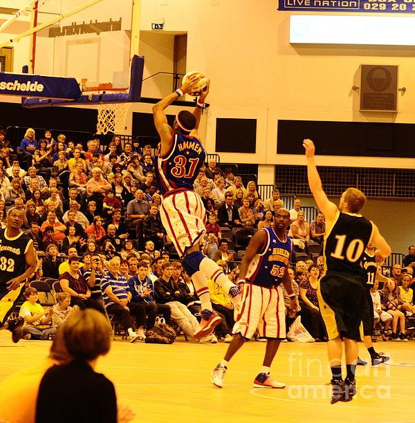 Harlem Globetrotters Print by Phill Potter