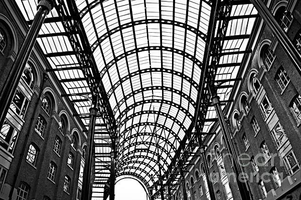 Hay's Galleria Roof Print by Elena Elisseeva