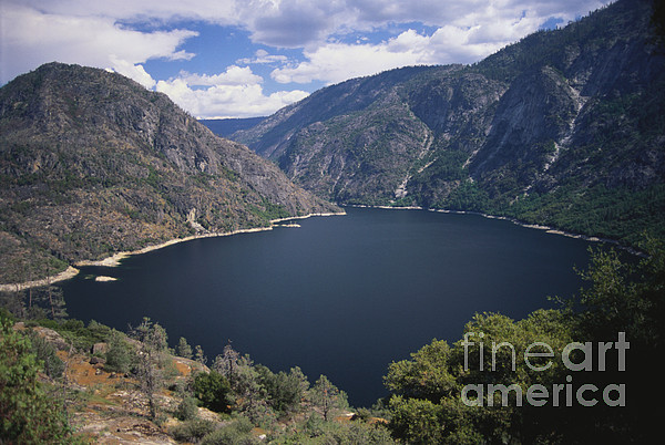 Hetch Hetchy Reservoir Print by Mark Newman