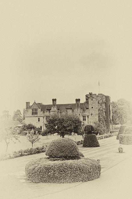 Hever Castle Yellow Plate 2 Print by Chris Thaxter