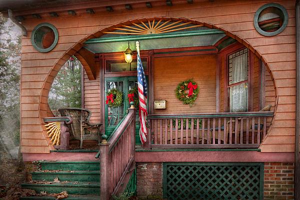 House - Porch - Metuchen Nj - That Yule Tide Spirit Print by Mike Savad