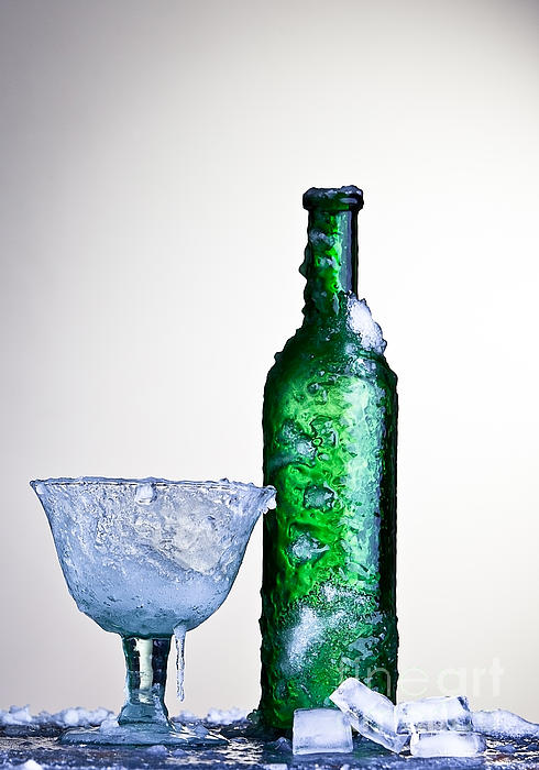 Ice Cold Drink Print by Dirk Ercken