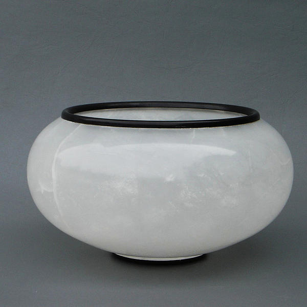 Ice Vase Print by Leslie Dycke