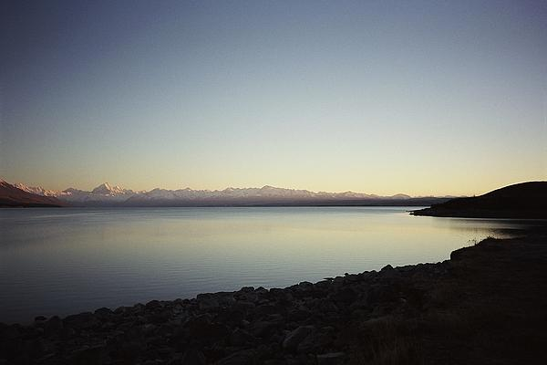 Peter Mooyman - Lake Pukaki First Light