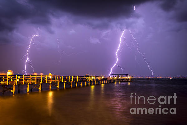 Marvin Spates - Lightning at the Pier