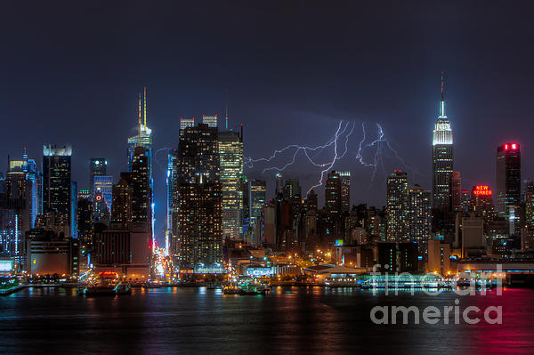 Lightning Over New York City IIi Print by Clarence Holmes