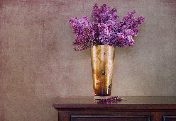Lilacs In Vase 1 Print by Rebecca Cozart