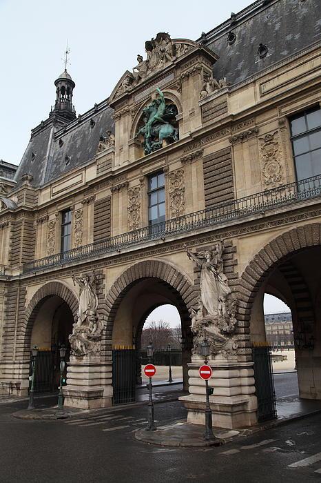 Louvre - Paris France - 011334 Print by DC Photographer
