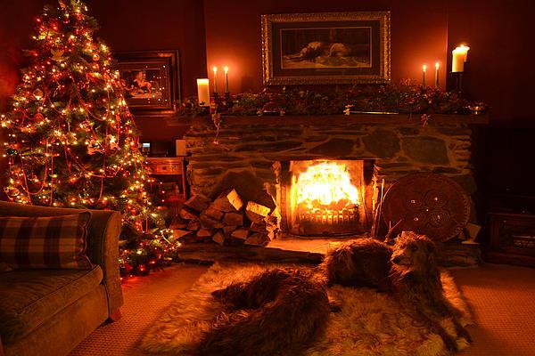 Ma Wee Room At Christmas Print by Joak Kerr
