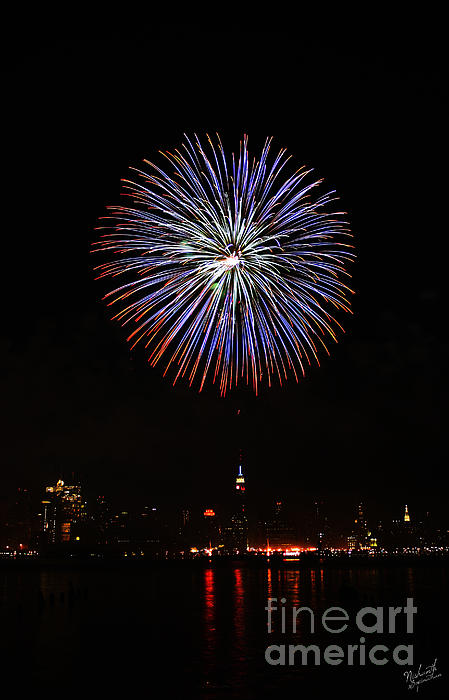 Fireworks Over The Empire State Building Print by Nishanth Gopinathan