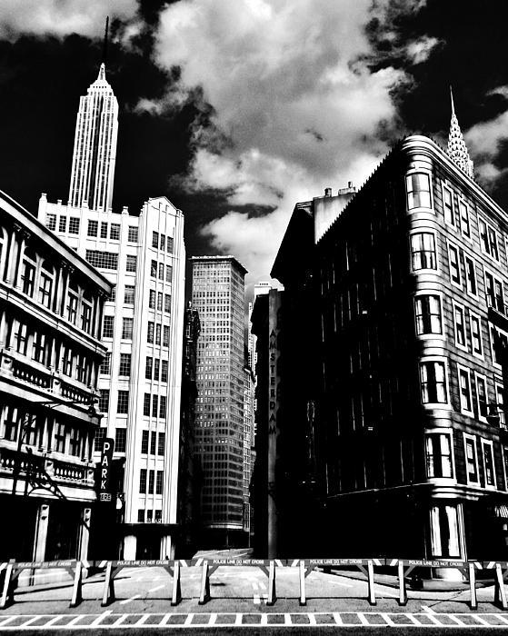 Manhattan Highlights B W Print by Benjamin Yeager